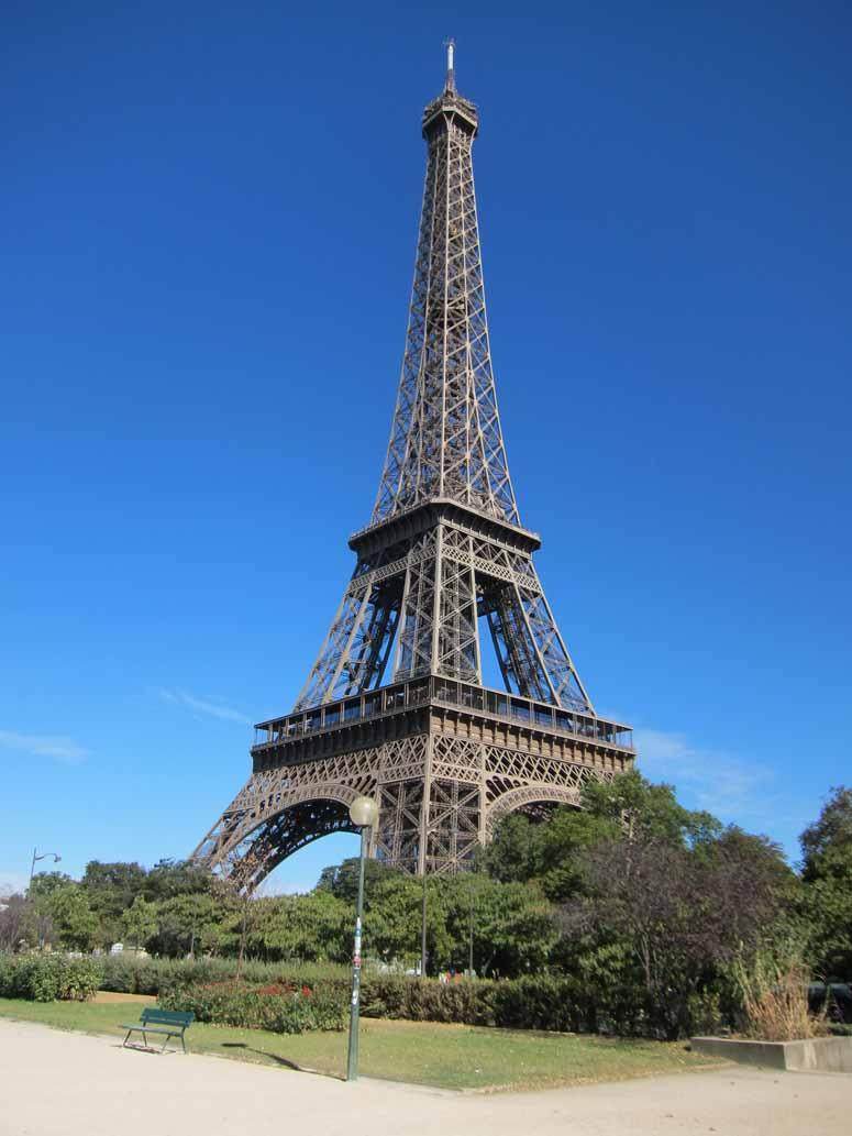 பிரான்ஸ் ஈபிள் டவர் (Eiffel Tower) Eiffel-tower2